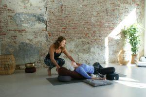 Fleur Smelt - Restorative Yoga